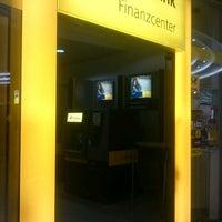 Das Foto wurde bei Postbank Finanzcenter von Kali M. am 5/16/2017 aufgenommen