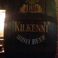 Foto diambil di Tap&Barrel Pub oleh Alexandra R. pada 10/9/2015
