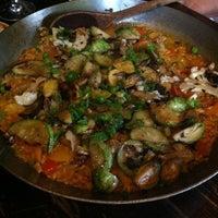 Photo prise au Toro Restaurant par Amanda W. le10/7/2012