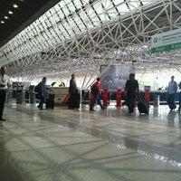 Foto scattata a Aeroporto Internacional de Brasília / Presidente Juscelino Kubitschek (BSB) da Diogo C. il 11/22/2013