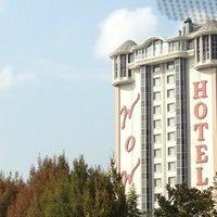 Снимок сделан в WOW Istanbul Hotels & Convention Center пользователем Cem C. 10/4/2012