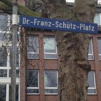 Das Foto wurde bei Dr.-Franz-Schütz-Platz von Monika S. am 12/18/2016 aufgenommen