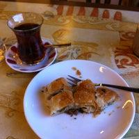 Снимок сделан в Kireçburnu Fırını пользователем Temel Y. 12/15/2012