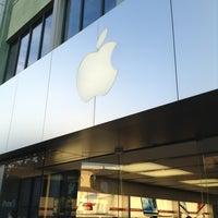1/6/2013 tarihinde yasushi o.ziyaretçi tarafından Apple Town Square'de çekilen fotoğraf