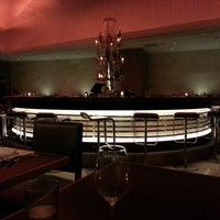 รูปภาพถ่ายที่ N9NE Steakhouse Las Vegas โดย Mike A. เมื่อ 1/10/2013