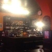 Das Foto wurde bei Restaurant Cafe Bleibtreu von Alexandr A. am 2/24/2013 aufgenommen