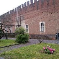 Foto diambil di Castello Di Belgioioso oleh Roberta T. pada 4/20/2013