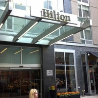 Photo prise au Hilton New York Fashion District par Jack K. le10/1/2012