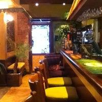 1/14/2013 tarihinde Diana J.ziyaretçi tarafından Mango Thai Tapas Bar'de çekilen fotoğraf
