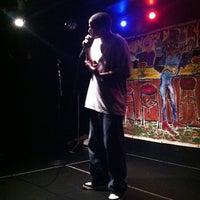 Foto scattata a Le Poisson Rouge da The Inspired Word NYC il 10/20/2012