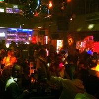 Foto tirada no(a) Kuşadası Club Bar por PartizankA D. em 5/11/2013
