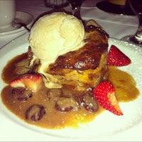 Foto tirada no(a) III Forks Prime Steakhouse por hooeyspewer .. em 10/18/2012