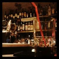 Photo prise au Folkklubs Ala Pagrabs par Zanda A. le10/1/2012