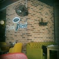 Foto diambil di Caffé Dolce Nero oleh Cüneyt Ç. pada 2/28/2017