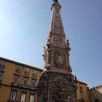 Foto scattata a Piazza San Domenico Maggiore da Alexander S. il 10/22/2012