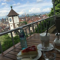 Foto tirada no(a) Greiffenegg Schlössle Restaurant por Muhannad em 5/28/2016