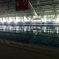 10/14/2012 tarihinde Alpayziyaretçi tarafından Tekirdağ Gençlik Hiz. ve Spor İl Md. Kapalı Yüzme Havuzu'de çekilen fotoğraf