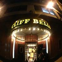 Photo prise au Cliff Bell's par Dexter Q. le2/24/2013
