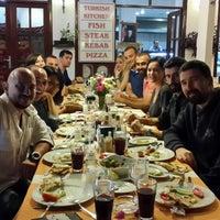 4/23/2014 tarihinde Ruhi Ç.ziyaretçi tarafından Calamar Restaurant'de çekilen fotoğraf