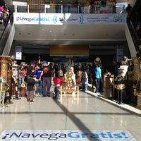 Das Foto wurde bei Centro Las Americas von Uriel G. am 3/4/2013 aufgenommen