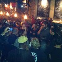 Снимок сделан в Irving Farm Coffee Roasters пользователем Mr. Teaffee 10/26/2013