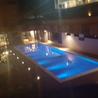 Foto tirada no(a) Bessa Beach Hotel por Paulo M. em 10/2/2016