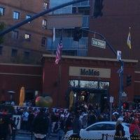 Foto tomada en MoMo's por Aaron L. el 10/8/2012