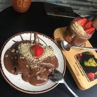 9/20/2020 tarihinde Yasemin A.ziyaretçi tarafından Hane Çikolata & Kahve'de çekilen fotoğraf