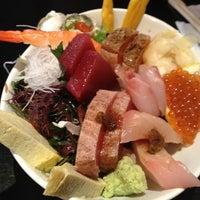 Photo prise au Sushi Yasaka par Pattra B. le3/16/2013