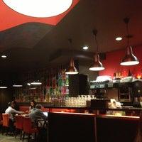 Photo prise au Indiana Café – Bonne Nouvelle par Firat B. le2/5/2013