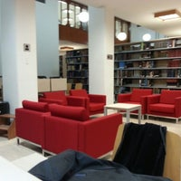 9/25/2012 tarihinde Ahmet A.ziyaretçi tarafından ODTÜ Kütüphanesi'de çekilen fotoğraf