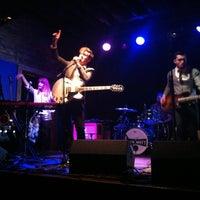 Foto diambil di The High Watt oleh Erin B. pada 2/18/2013