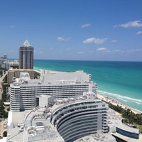 Photo prise au Fontainebleau Miami Beach par Nicole S. le5/14/2013