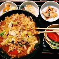 Снимок сделан в Domo Japanese Country Foods Restaurant пользователем Neil R. 11/11/2013