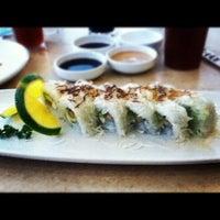 Снимок сделан в Sushi Co пользователем Macky P. 10/28/2012