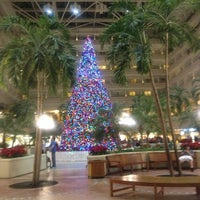 Foto diambil di Orlando International Airport (MCO) oleh Angel . pada 11/18/2013