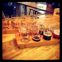 Foto tirada no(a) Big Beaver Brewing Co por Brett S. em 1/5/2013