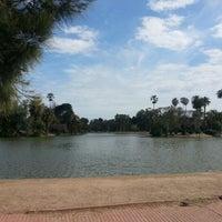 รูปภาพถ่ายที่ El Rosedal โดย Ernesto T. เมื่อ 9/23/2012