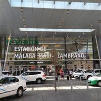 รูปภาพถ่ายที่ Estación de Málaga-María Zambrano โดย mash เมื่อ 6/6/2013