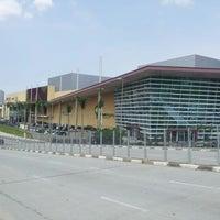 Foto scattata a Parque Shopping Barueri da Jovinho A. il 12/28/2012