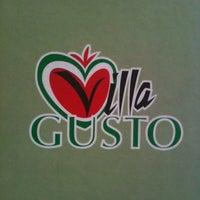 Foto scattata a Villa Gusto da Maks M. il 12/9/2012