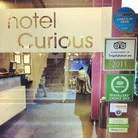 รูปภาพถ่ายที่ Hotel Curious โดย Fabian G. เมื่อ 10/9/2012