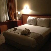 รูปภาพถ่ายที่ Byotell Hotel โดย Hans-Peter K. เมื่อ 3/19/2013