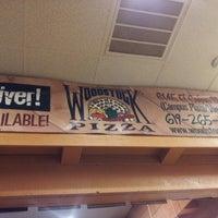 4/28/2013에 Jokie T.님이 Woodstock's Pizza에서 찍은 사진