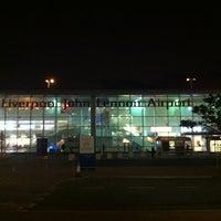 Foto tirada no(a) Liverpool John Lennon Airport (LPL) por Einars G. em 11/9/2012