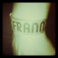 Снимок сделан в Frannz Club пользователем Jessika P. 12/24/2012