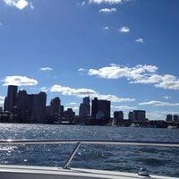 Foto scattata a Boston Harbor da Ashley S. il 9/15/2012