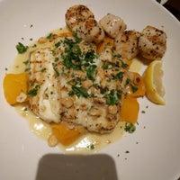 Das Foto wurde bei Pappadeaux's Seafood Kitchen von Deborah B. am 9/27/2018 aufgenommen