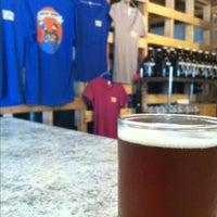 4/12/2013にLee S.がFrothy Beard Brewing Companyで撮った写真