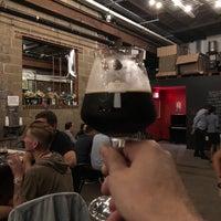 Foto scattata a Fifth Hammer Brewing Company da Brian A. il 10/5/2018